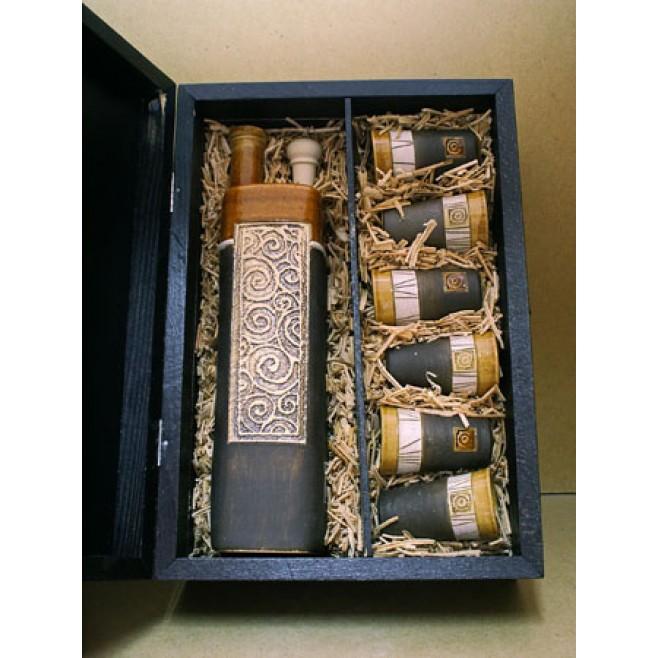 Кутия за сервиз за ракия
