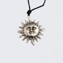 Медальон Слънце