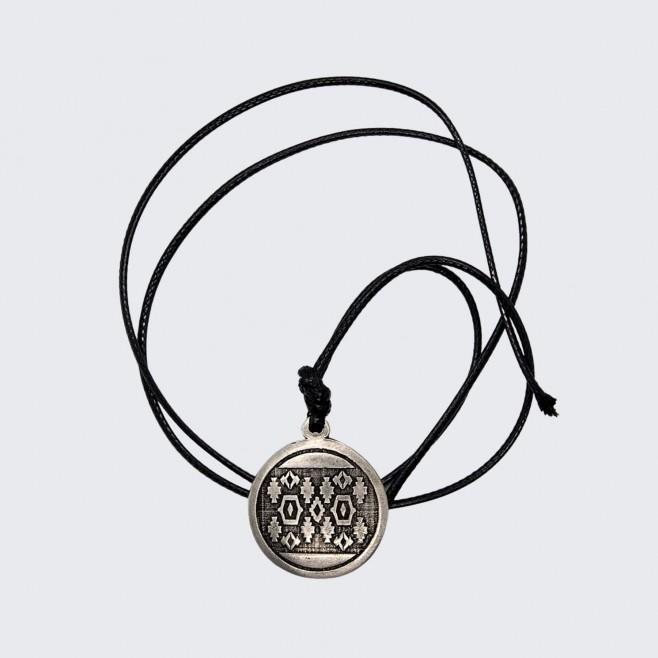 Медальон с шевица Баян