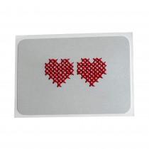 Картичка с бродирани сърца • сребрист фон