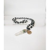 Гердан Смелост с оникс,  планински кристал и висулка планински кристал