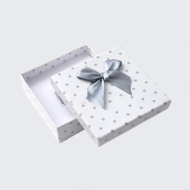 Подаръчна кутийка Класик 8 см x 8 см