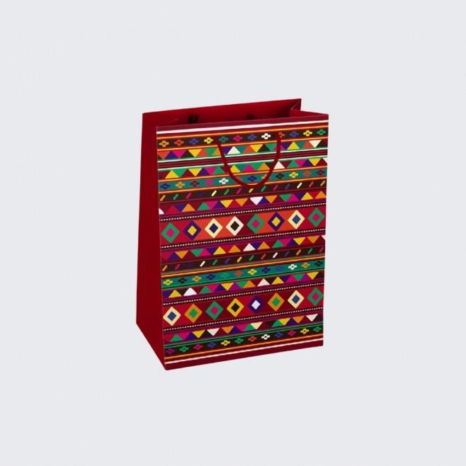 Подаръчна торбичка с българска шевица М - модел 3