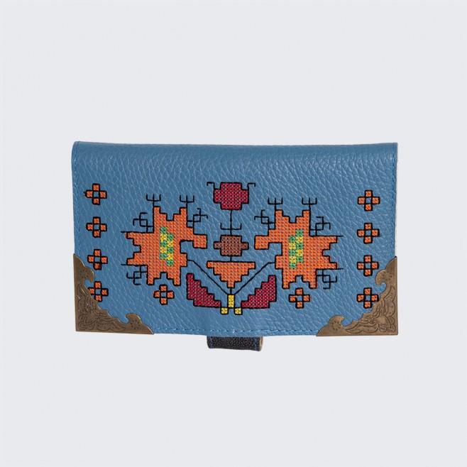 Дамски кожен портфейл с шевица Синева