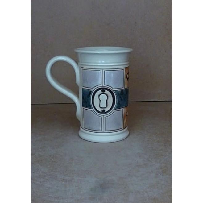 Керамика • Керамична чаша с декорация • модел 18