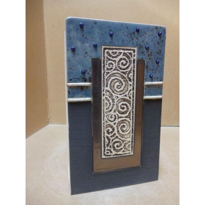 Керамика • Керамична ваза с декорация • модел 23