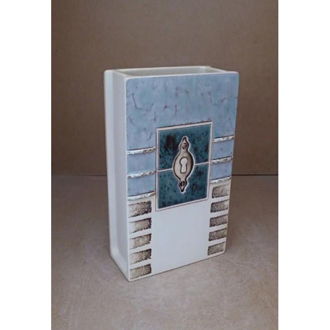 Керамика • Керамична ваза с декорация • модел 25