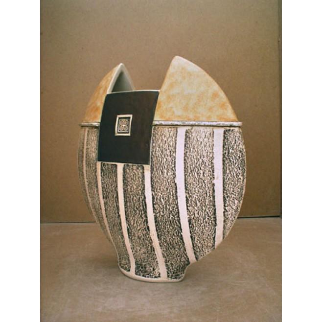 Керамика • Керамична ваза с декорация • модел 30