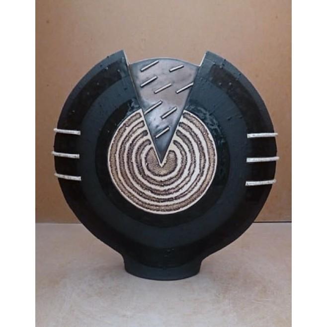 Керамика • Керамична ваза с декорация • модел 33